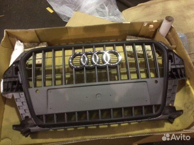 8U0853651H Решетка радиатора Ауди Q3 2013— фотография №1
