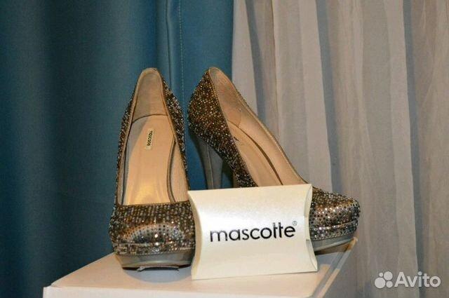 Купить серебряные ботинки