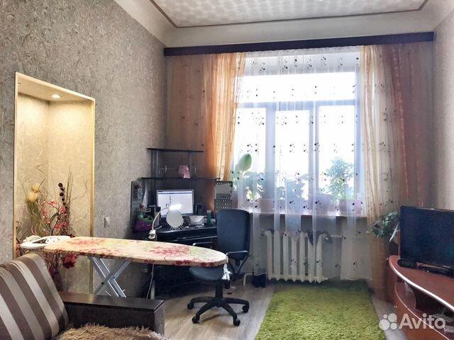 Продается трехкомнатная квартира за 3 600 000 рублей. Московская обл, г Серпухов, ул Советская, д 37.