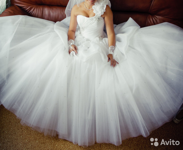 511ffec03ede294 Польское свадебное платье купить в Воронежской области на Avito ...
