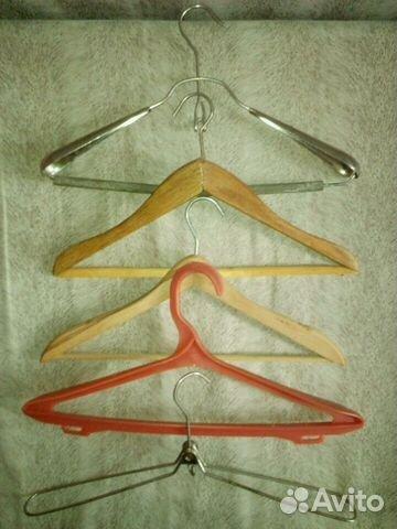 Вешалки-плечики для одежды крючки СССР 89614000205 купить 2
