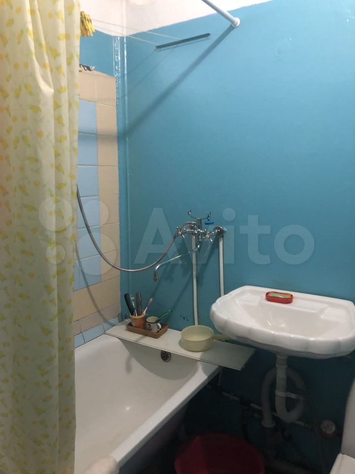 2-room apartment, 45 m2, 4/5 floor.  89510995434 buy 6