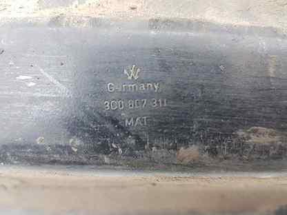 Усилитель заднего бампера Vw Passat B6 BKC 2005